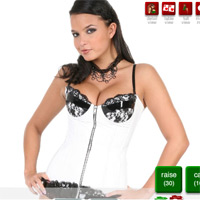 Strip poker con sarah